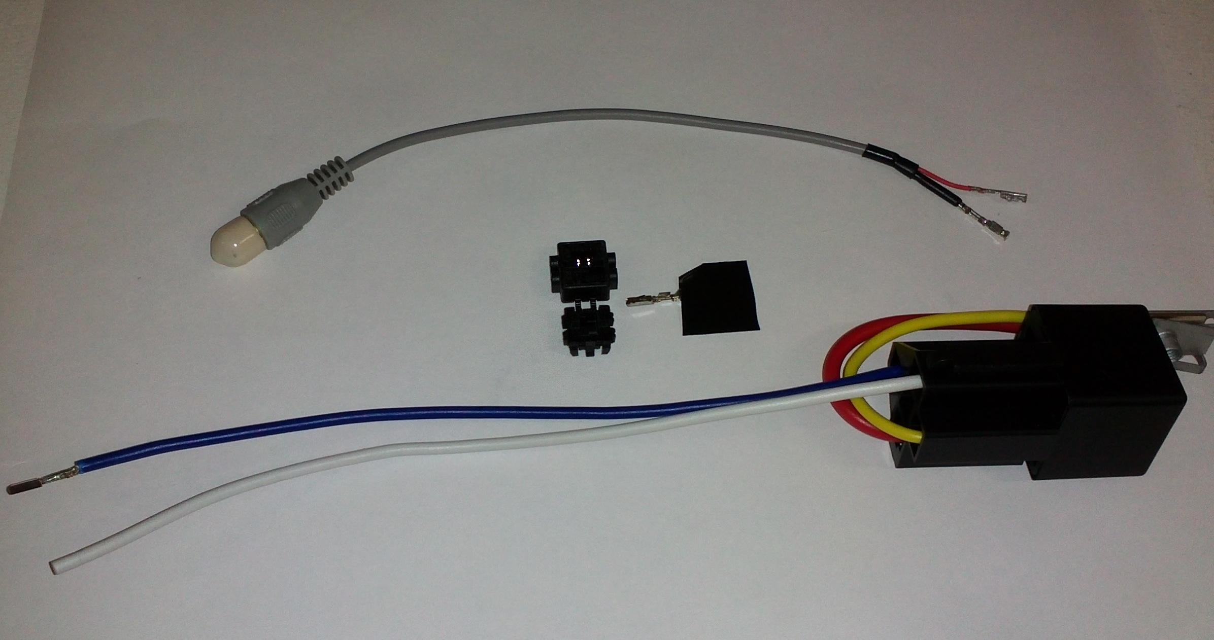E46 backup camera wiring wire center bmw reverse camera switching module bimmernav online store rh store bimmernav com e46 m3 backup camera cheapraybanclubmaster Choice Image